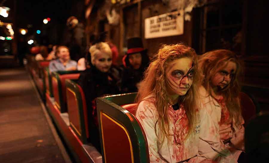 Danmarks største Monsterparade i Tivoli