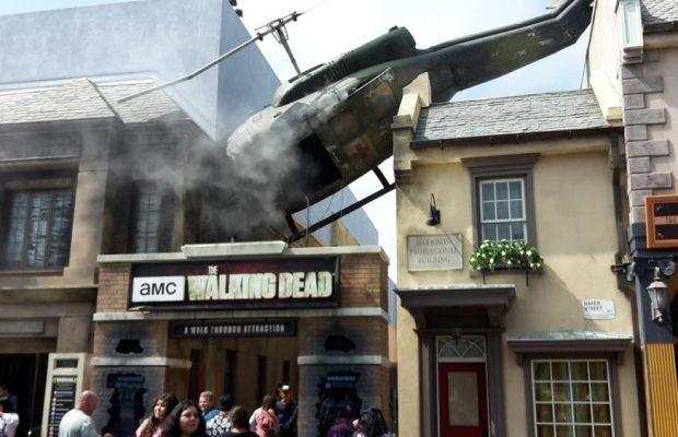 walking-dead-universal-studios-helicopter