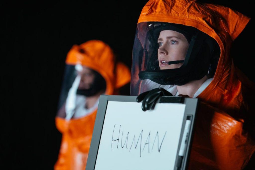 Amy Adams i ARRIVAL (2016)