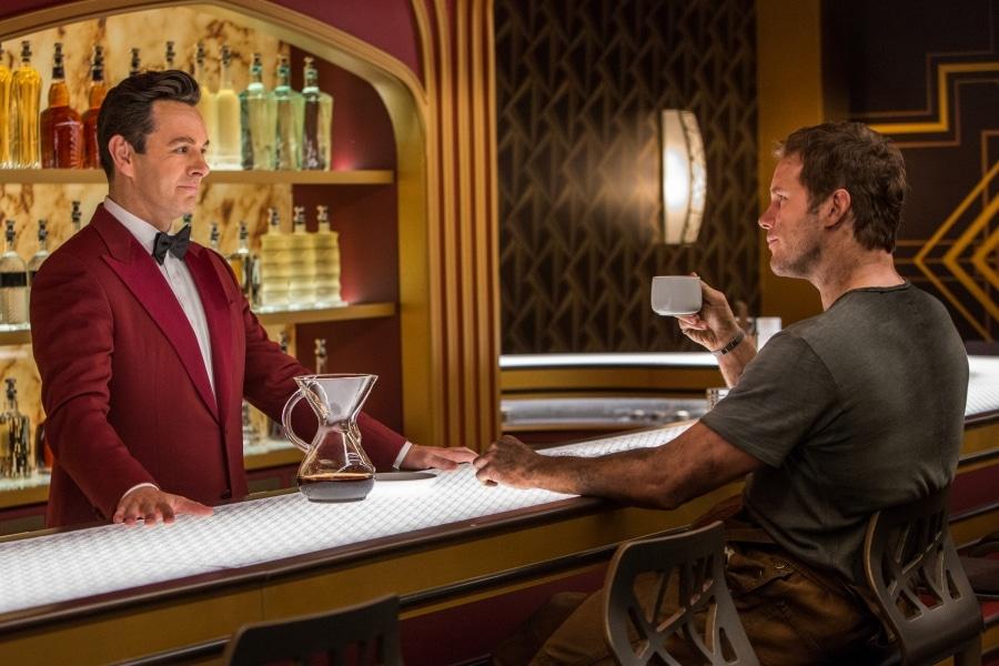 Michael Sheen som bartender i Passengers