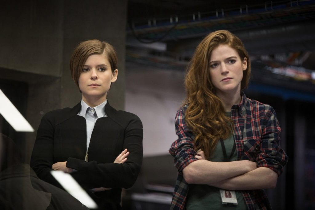 Morgan anmeldelse - Kate Mara and Rose Leslie